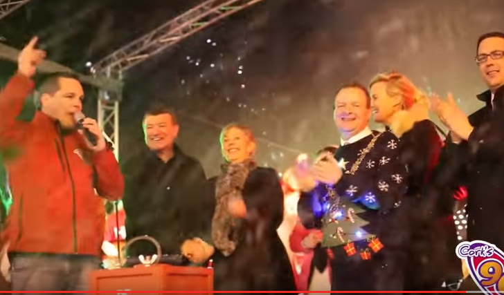 Cork's 96FM turns on the Christmas Lights